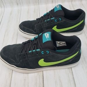Nike Ruckus Low Mens Size 11